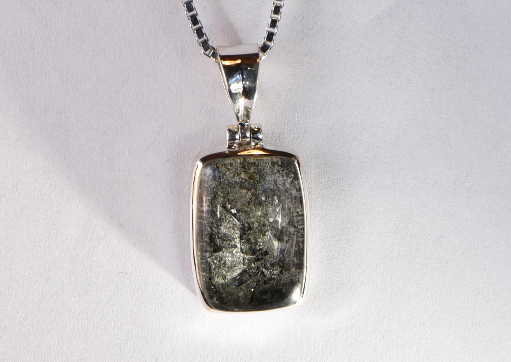 Bergkristallanhänger
